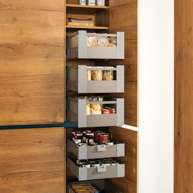 Platz da!: moderne Küche von Schmidt Küchen