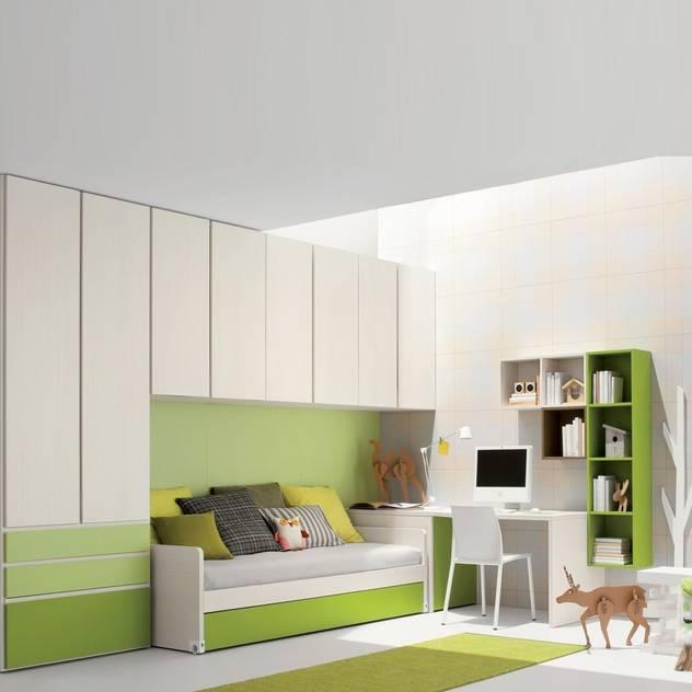 'Green' Kid's bedroom furniture set by Clever: modern Nursery/kid's room by My Italian Living