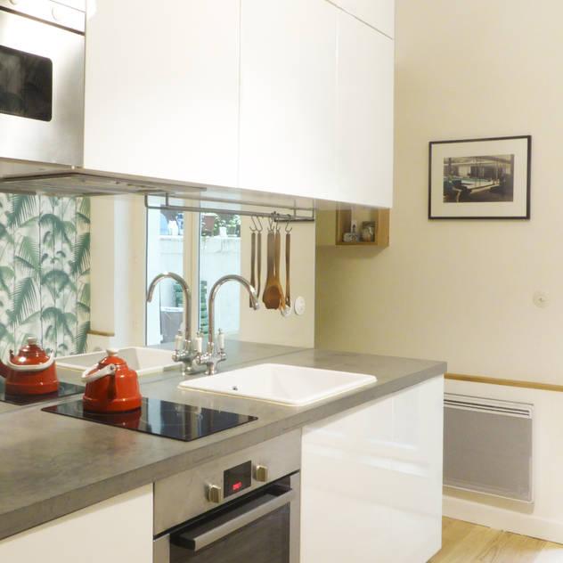 Cocinas de estilo moderno por Batiik Studio
