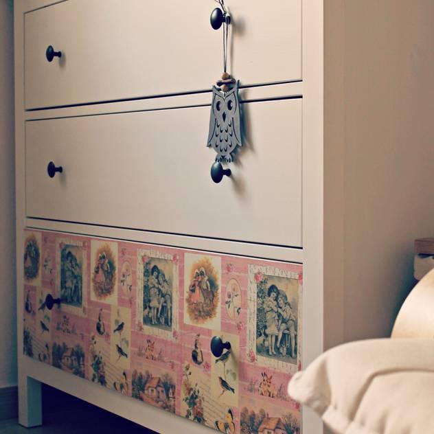 scandinavian Nursery/kid's room by ANA SILVÁN ESTUDIO DE INTERIORISMO