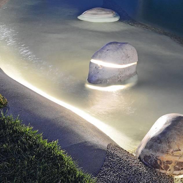 hiện đại  theo Essenze di Luce, Hiện đại Cục đá