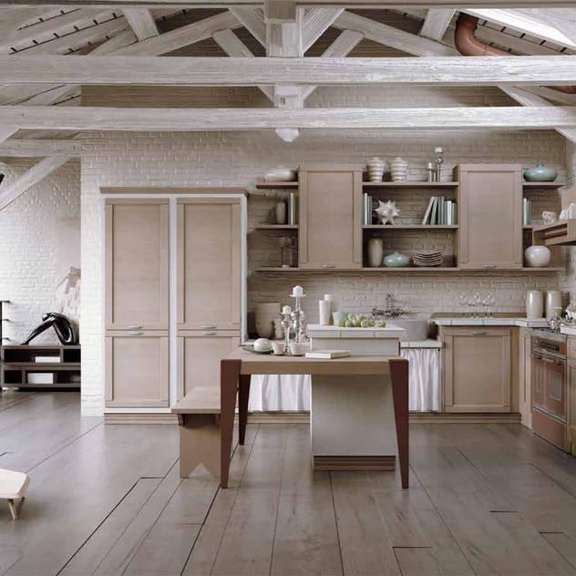 de estilo de Casa Più Arredamenti