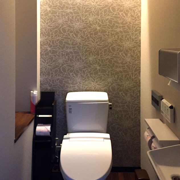 トイレ: 有限会社 ナビデザインが手掛けたです。,