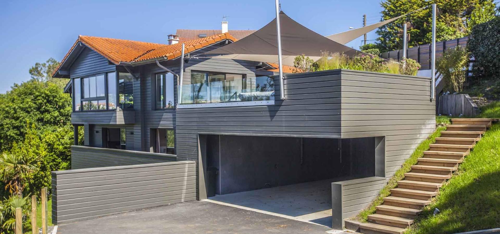 voiles d 39 ombrage et canap outdoor biarritz de la maison ehia homify. Black Bedroom Furniture Sets. Home Design Ideas