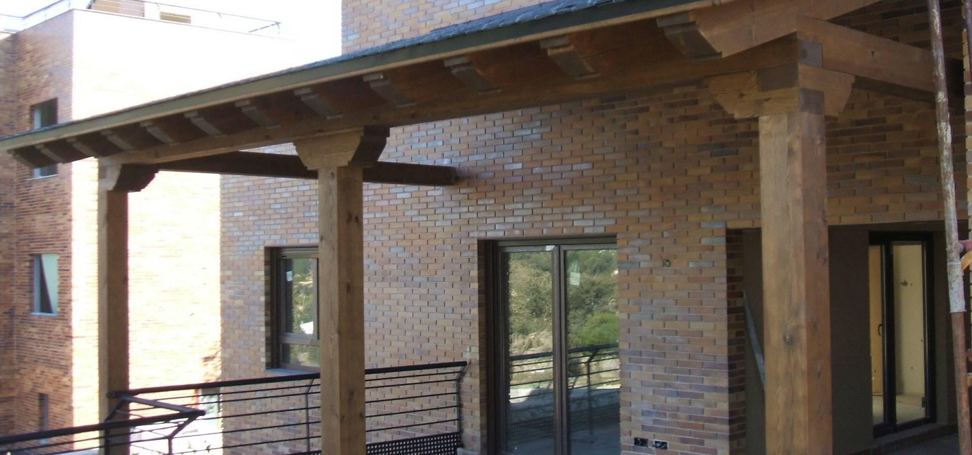 Porches di valsain porche y jardin homify for Valsain porche y jardin