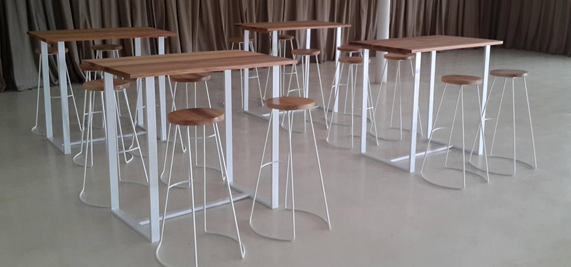Banquetas de dise o en hierro y madera de tabureto homify for Banquetas de madera
