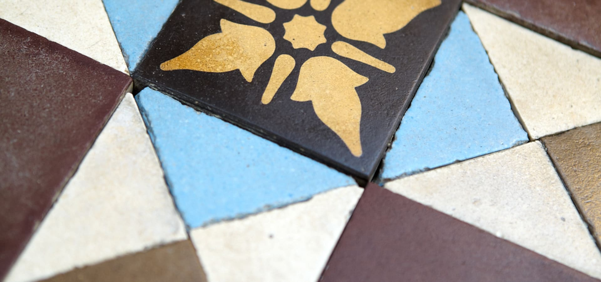 Floor Tile Companies : Tiles by the vintage floor tile company homify