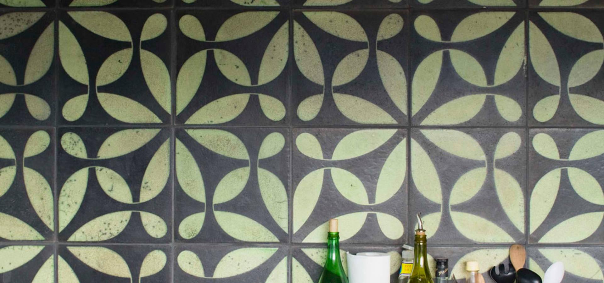 Karak gebrannte zeichen azulejos baldosas y lajas en for Azulejos y saneamientos mg