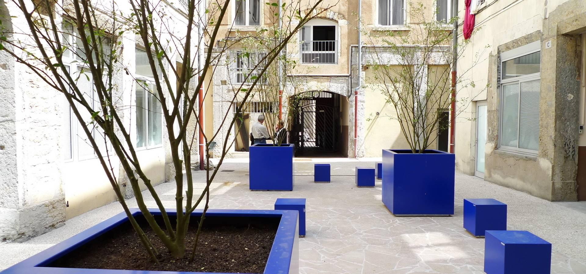 atelier du bocal paysagistes parc de la maison de la rencontre ecully 69 homify. Black Bedroom Furniture Sets. Home Design Ideas