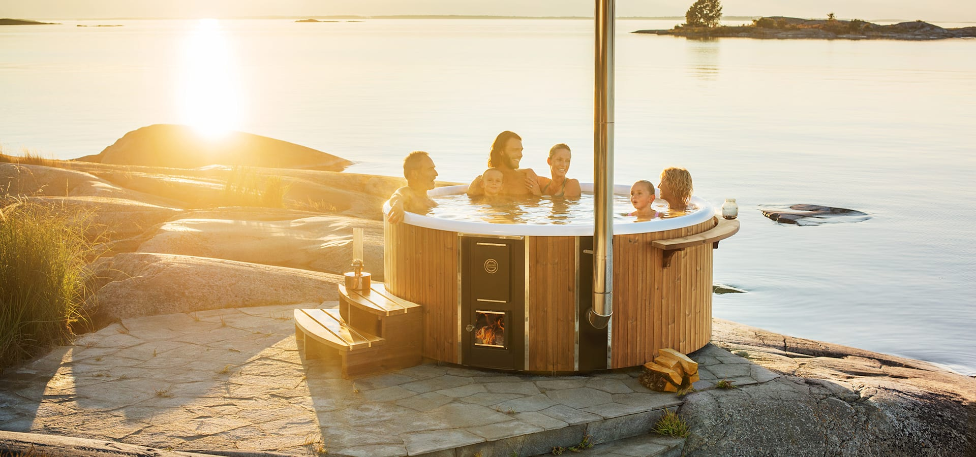 skargards rojal der luxuri se hot tub aus schweden von skargards hot tubs deutschland homify. Black Bedroom Furniture Sets. Home Design Ideas