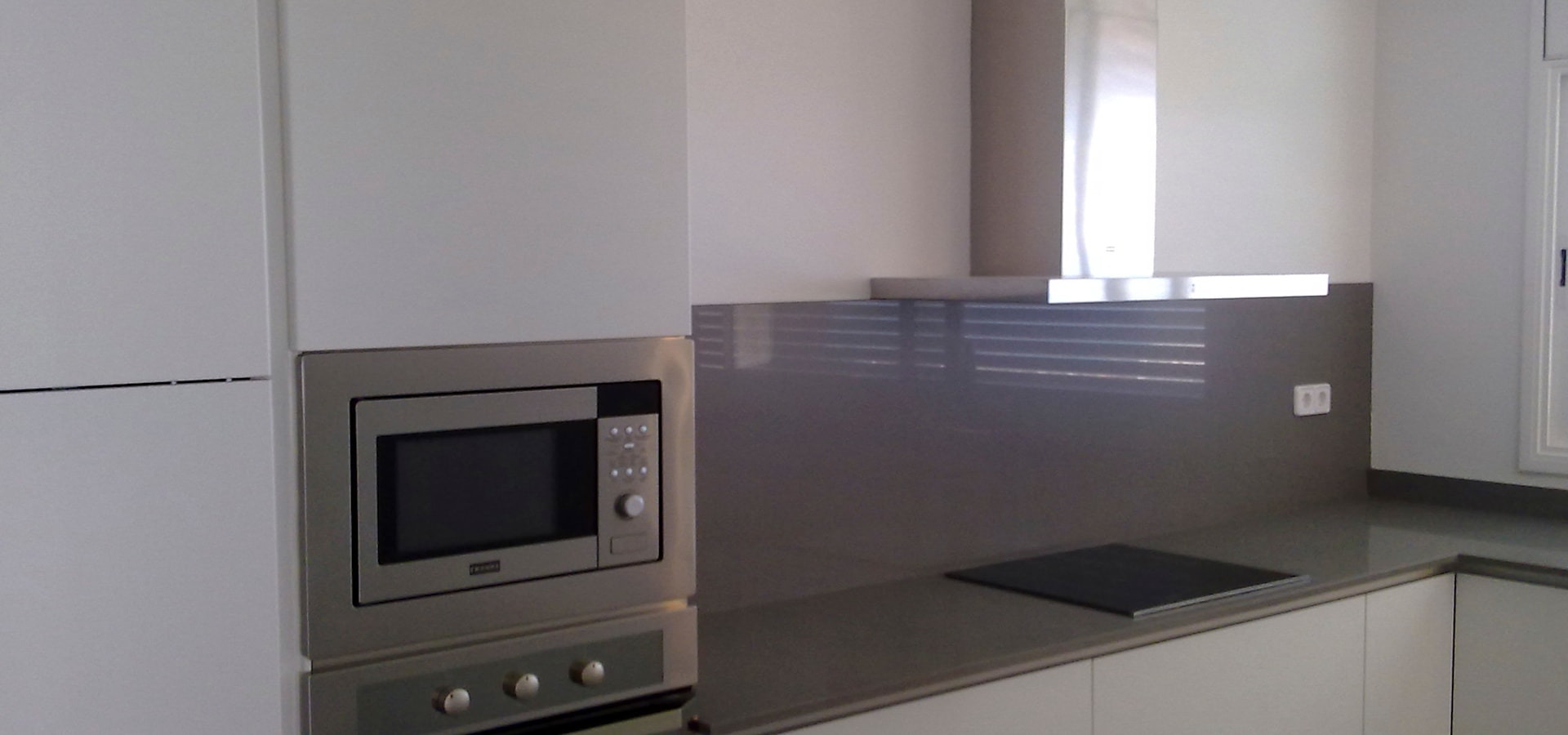 Escudero disseny s l u ampliaci n cocina comedor en for Ampliacion cocina comedor