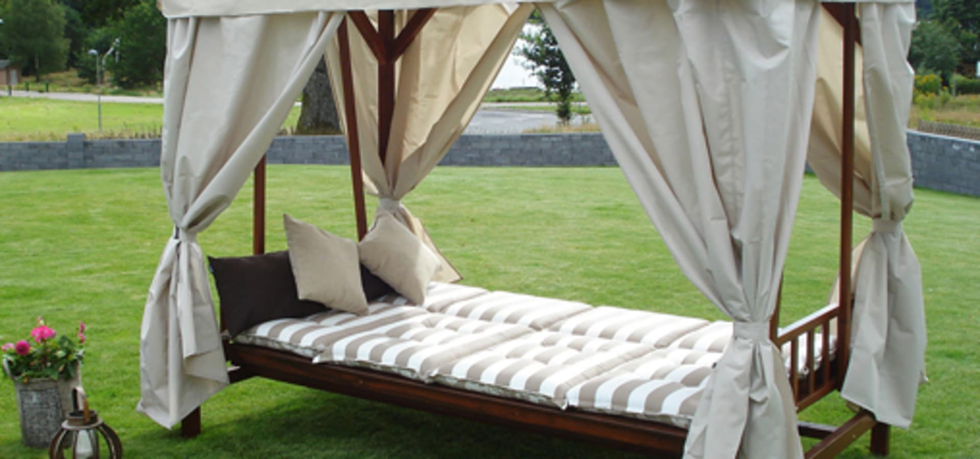 Garden Furniture Scotland ltd