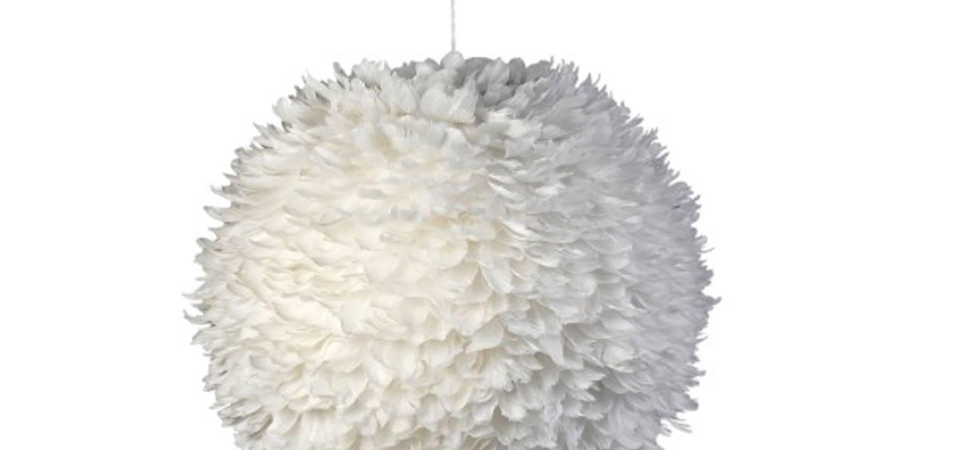 suspension boule de plumes de sarl laury homify. Black Bedroom Furniture Sets. Home Design Ideas