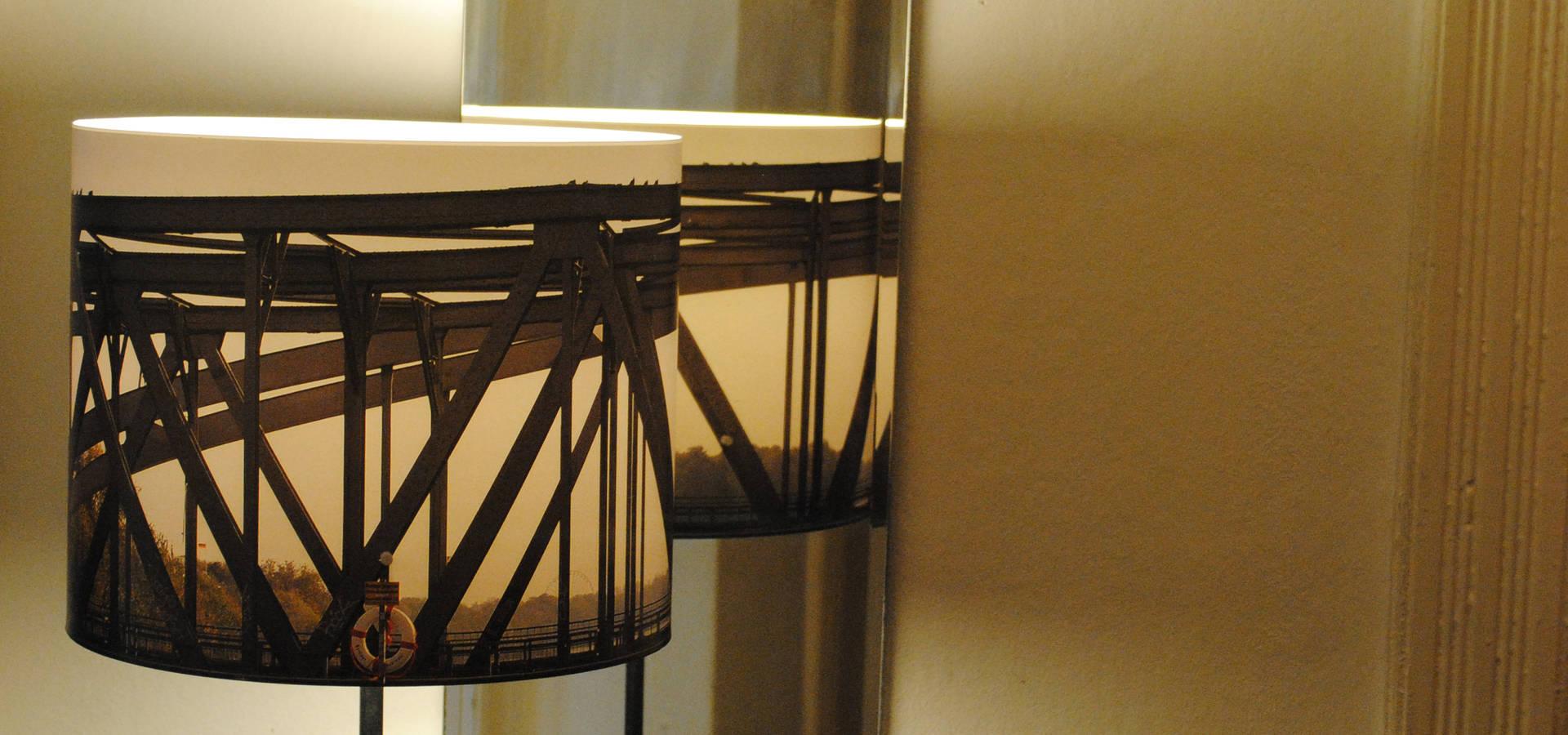 tisch fotolampen por fotolampe berlin homify. Black Bedroom Furniture Sets. Home Design Ideas