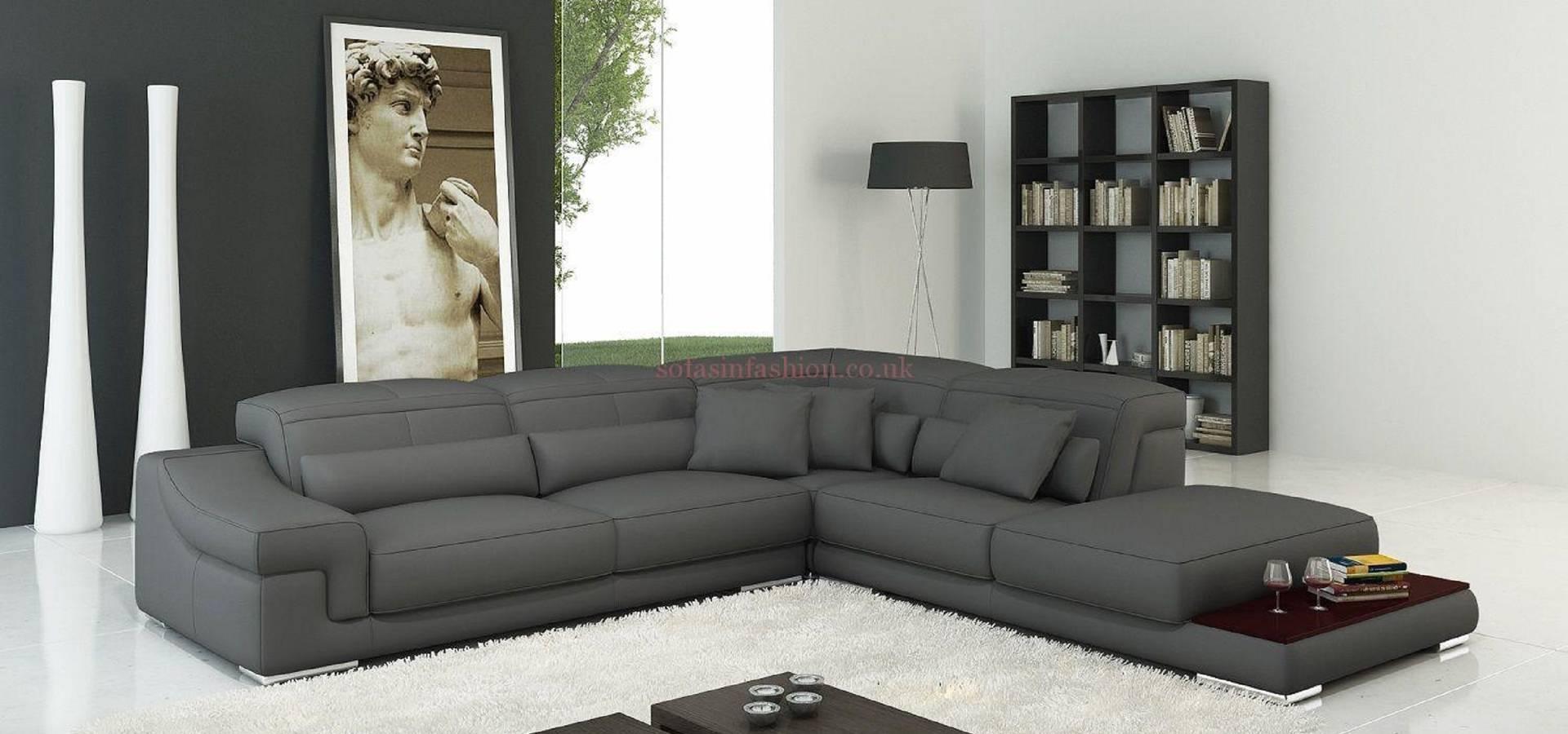 Crushed Velvet Corner Chesterfield Sofa Von Sofas In Fashion Homify