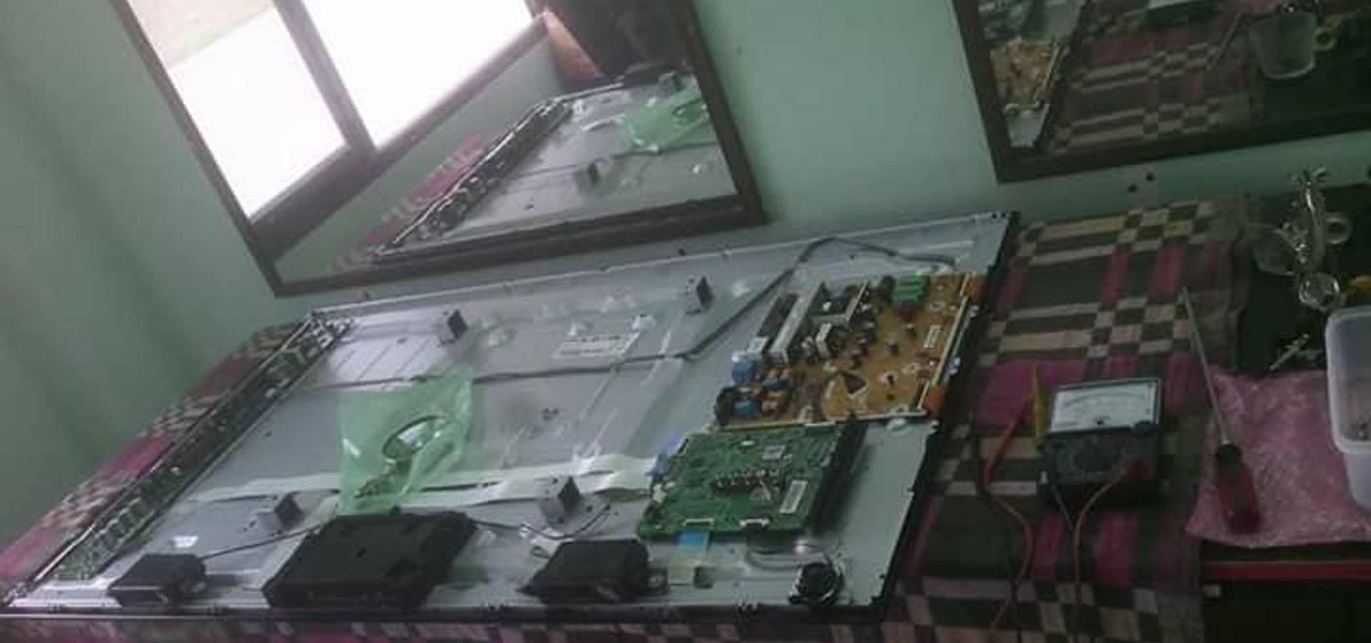 รับซ่อมเคื่องใช้ไฟฟ้า แอร์บ้าน เครื่องทำความเย็น โดยช่างมนูญ