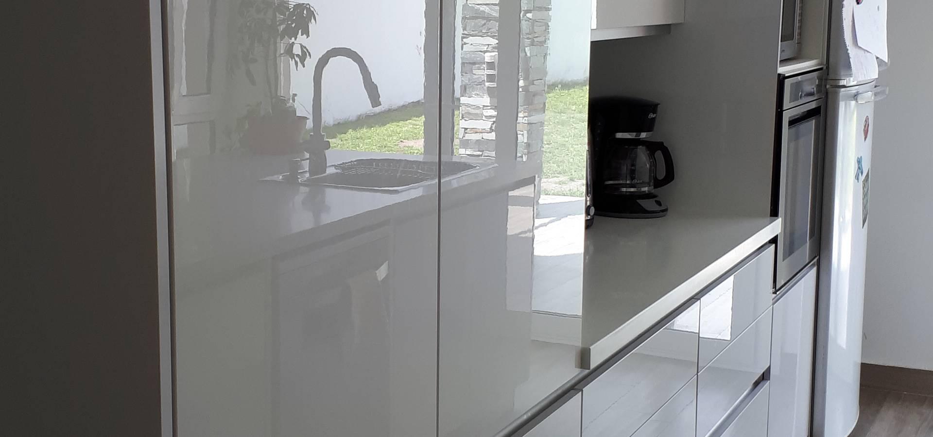 ZETA cocinas & closets