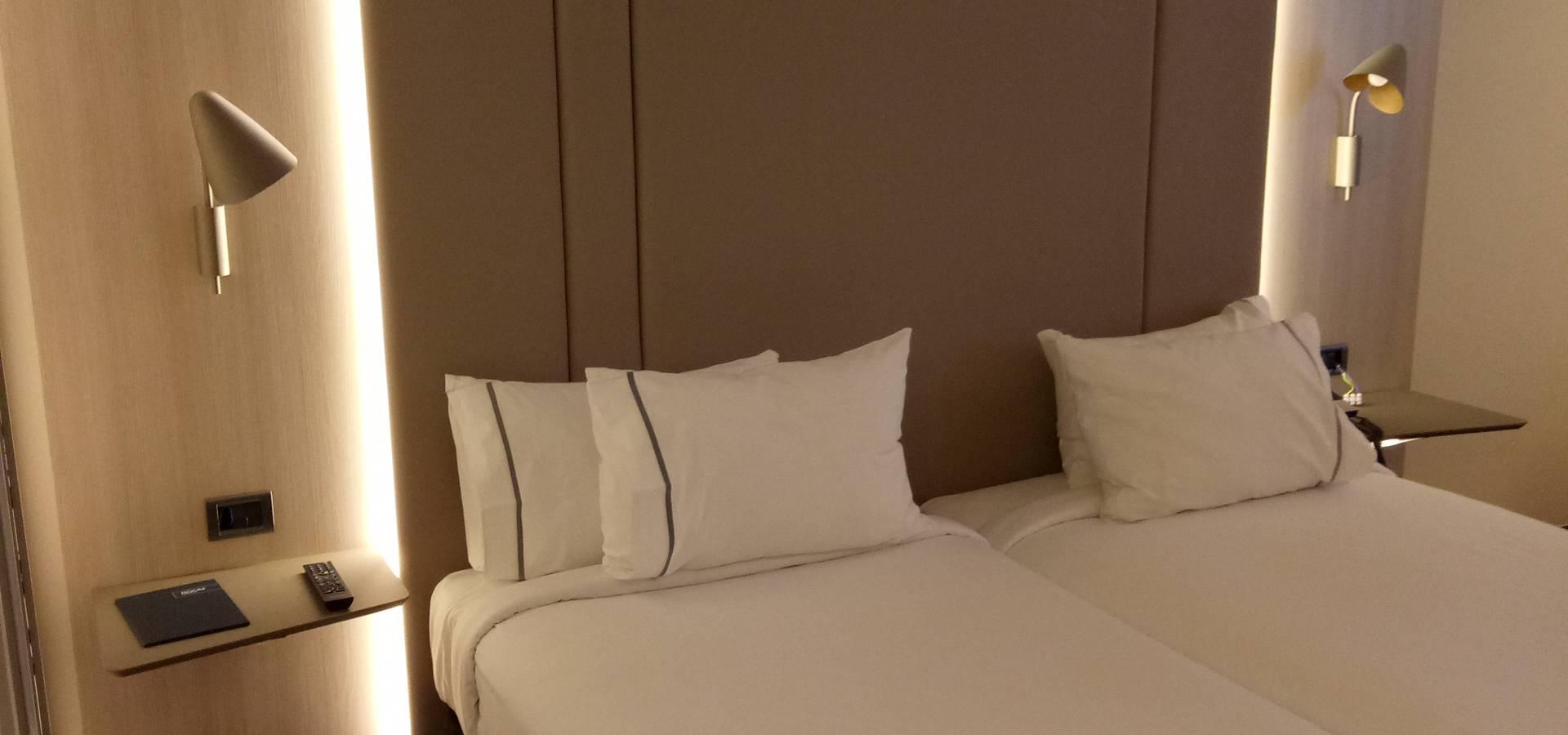 Tu Hotel Contract