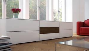 begehbarer kleiderschrank unter schr ge von meine. Black Bedroom Furniture Sets. Home Design Ideas