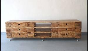 balkentisch bohlentisch aus historischem holz von refactura homify. Black Bedroom Furniture Sets. Home Design Ideas
