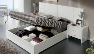 Chambre de style de style Moderne par DECORSIA HOME,S.L.
