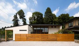 宇都宮・中岡本の家: 中山大輔建築設計事務所/Nakayama Architectsが手掛けたtranslation missing: jp.style.庭.eclectic庭です。