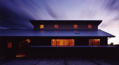 東山明建築設計事務所