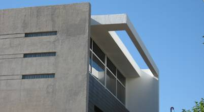 YANCARELLI - GOMEZ CODINA arquitectos