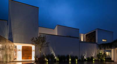 PORTICO Arquitectura + Construcción