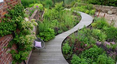 Joanne Willcocks, Gardens by Design