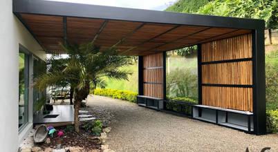 Arquitectura y Complementos