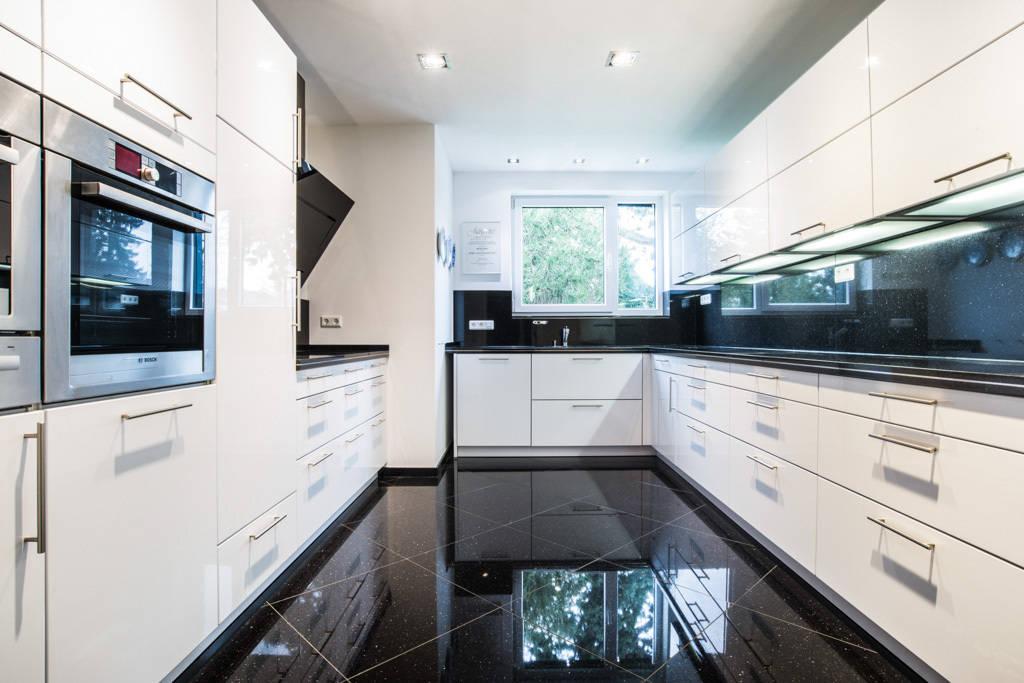 k chen mit naturstein. Black Bedroom Furniture Sets. Home Design Ideas