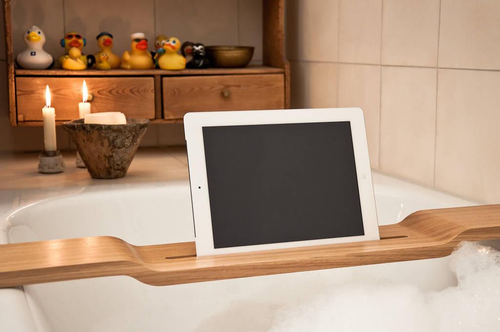 ipad halterung f r die badewanne oder sessel von trimborn. Black Bedroom Furniture Sets. Home Design Ideas