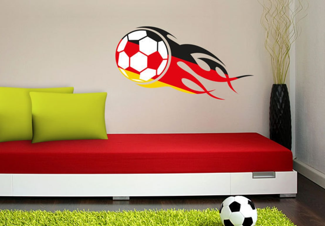 fu ball fieber von k l wall art homify. Black Bedroom Furniture Sets. Home Design Ideas