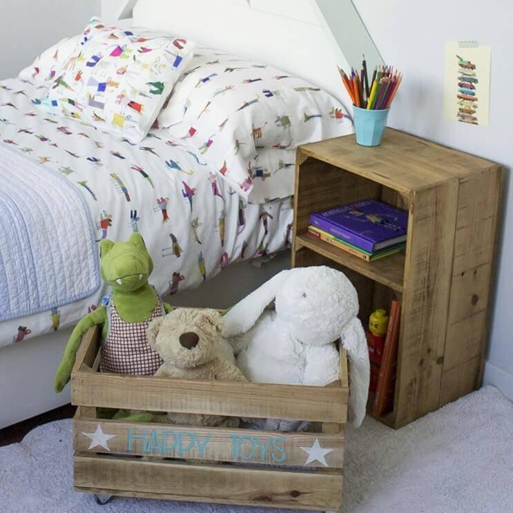 Cajas de madera infantiles de happy home barcelona homify - Cajas madera barcelona ...