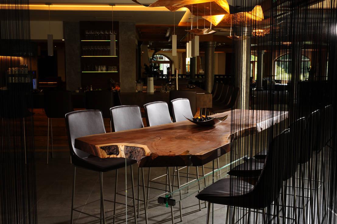stehbar in nussbaum by sandhoff e u tischmanufaktur homify. Black Bedroom Furniture Sets. Home Design Ideas