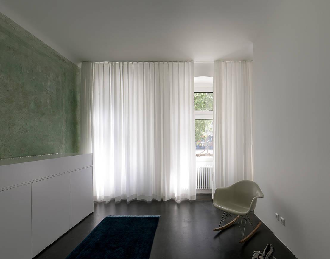 kleine wohnung in berlin. Black Bedroom Furniture Sets. Home Design Ideas