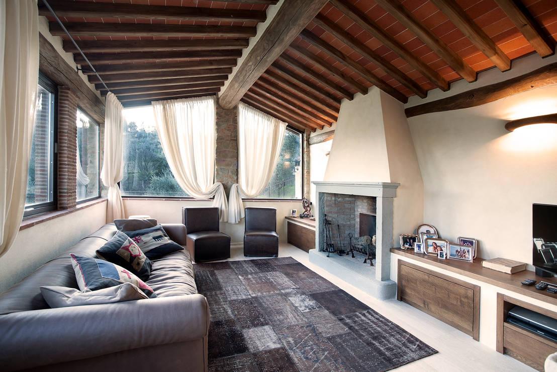 5 casali per 5 soggiorni tra rustico e moderno for Arredamento rustico e moderno insieme