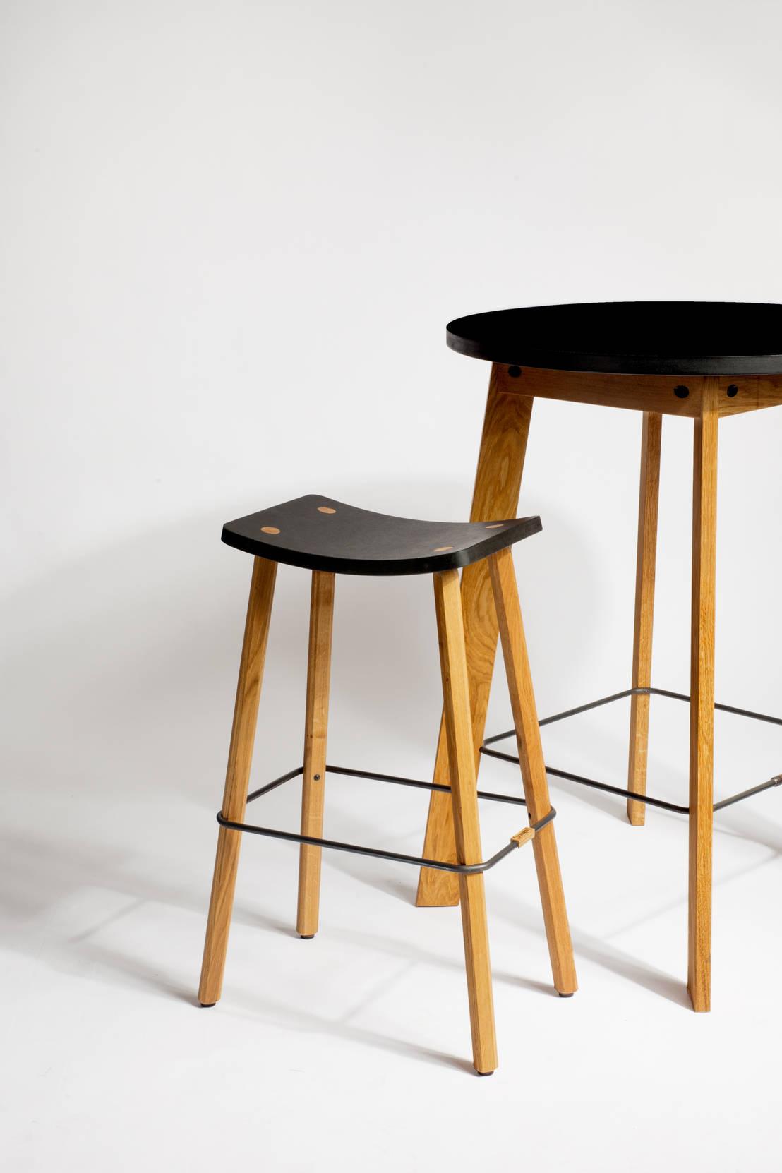 stehtisch angus von pozsgai homify. Black Bedroom Furniture Sets. Home Design Ideas