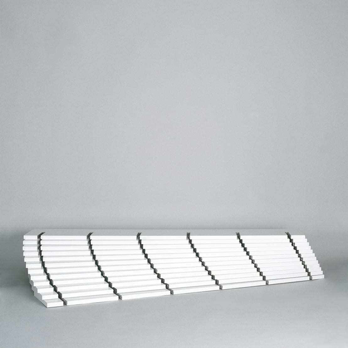pappregal aus papier wabenplatten de frank huster homify. Black Bedroom Furniture Sets. Home Design Ideas