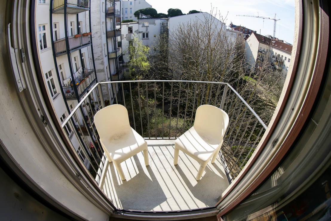 Ein mini balkon kommt ganz groß raus