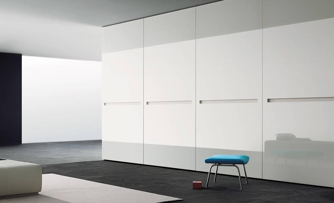 design kleiderschr nke de wohnstation homify. Black Bedroom Furniture Sets. Home Design Ideas