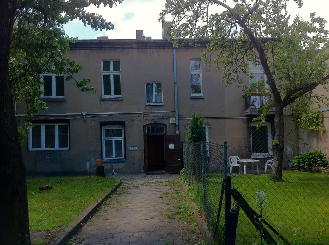 Voor en na een huis krijgt weer kleur - Gerenoveerd huis voor na ...