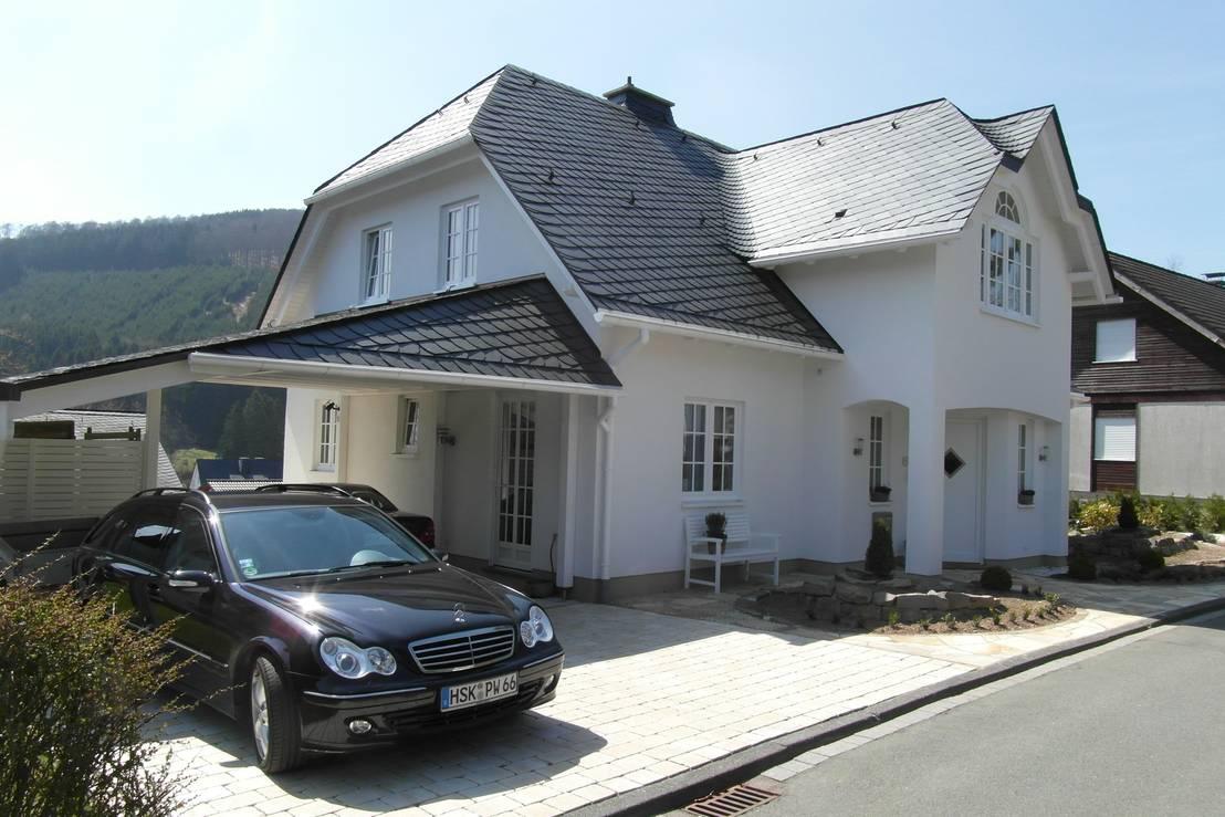 landhaus schmallenberg winkhausen kfw 70 standard kologisch schiefer energiesparend. Black Bedroom Furniture Sets. Home Design Ideas