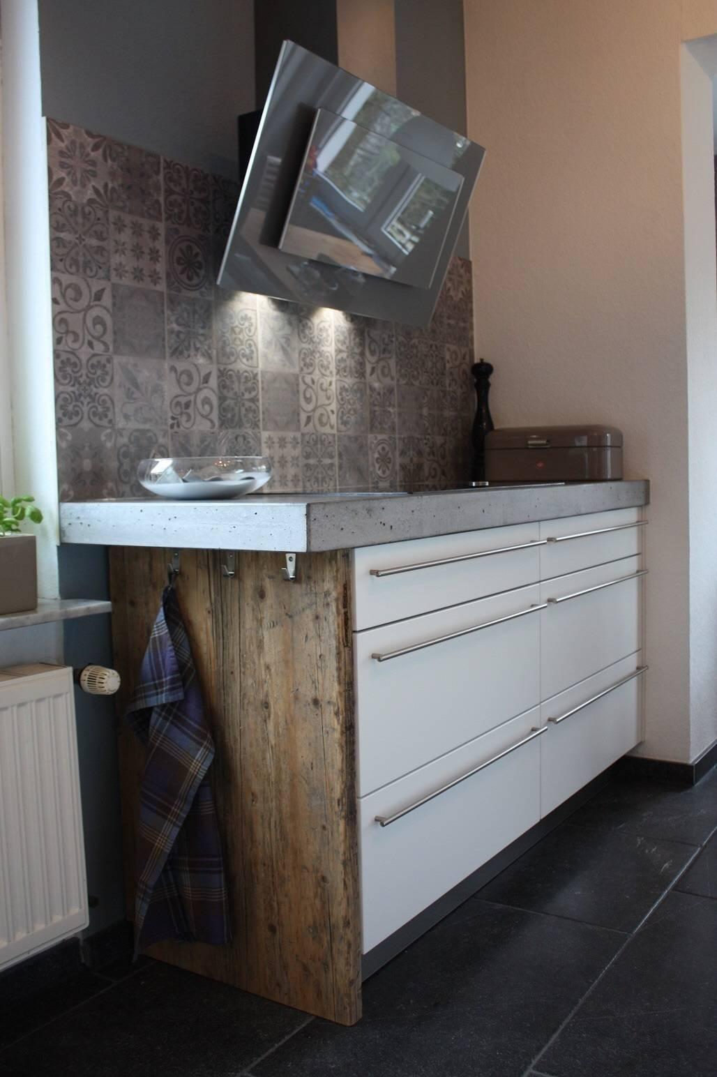 Eine neue Küche im Industriedesign by Concept Beton