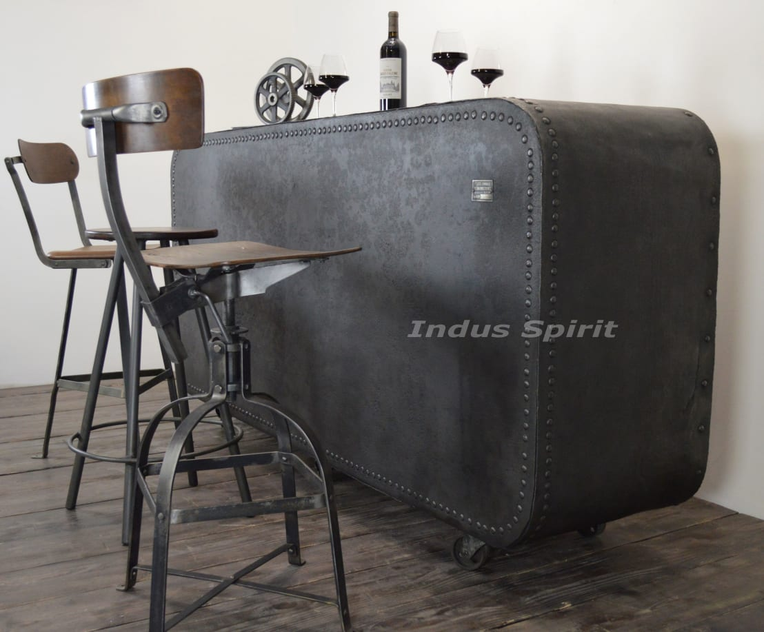 bar industriel par indus spirit homify. Black Bedroom Furniture Sets. Home Design Ideas