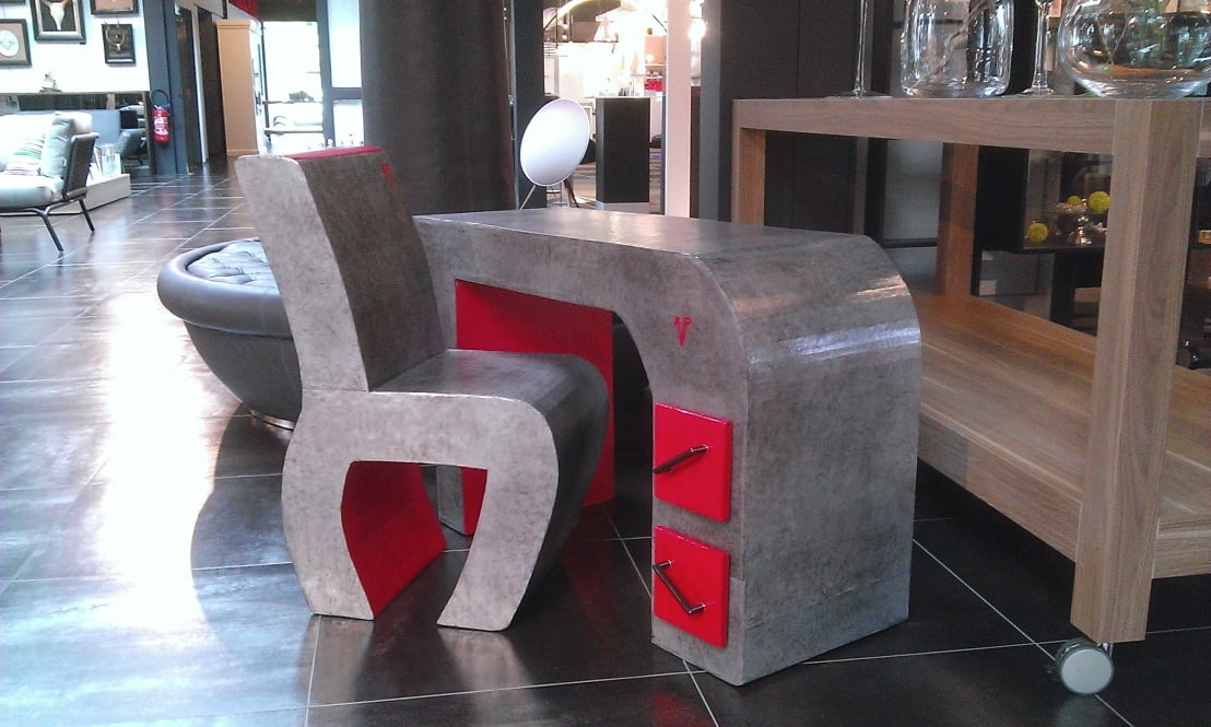 bureau enfant et sa chaise by carton and co homify. Black Bedroom Furniture Sets. Home Design Ideas