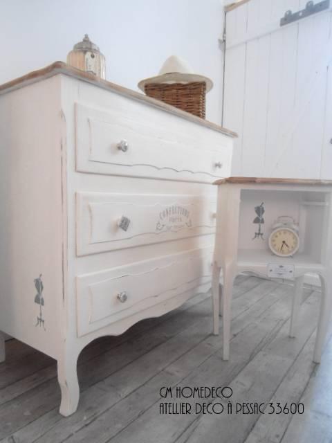 Relooking commode ancienne et chevet confection style for Table de chevet style romantique