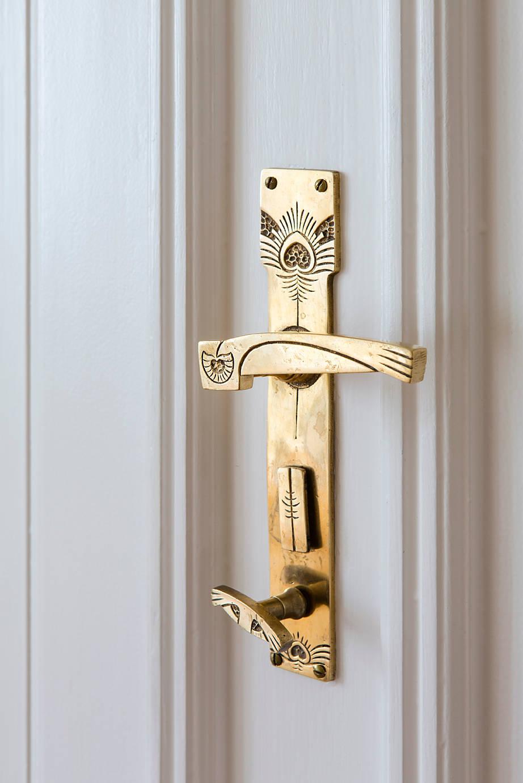 Manillas y pomos para renovar el estilo de tus puertas - Manillas para muebles ...