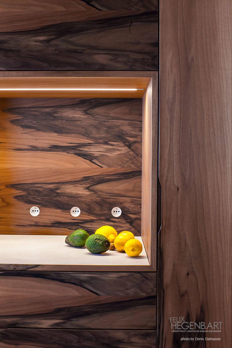 cuisine en corian lg himacs et noyer por sarl felix hegenbart homify. Black Bedroom Furniture Sets. Home Design Ideas